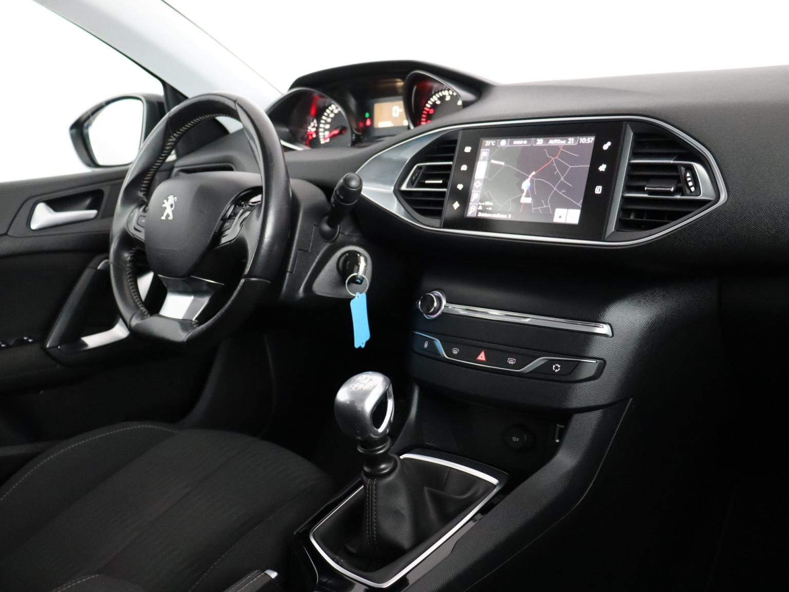 Peugeot-308-50