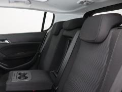 Peugeot-308-30