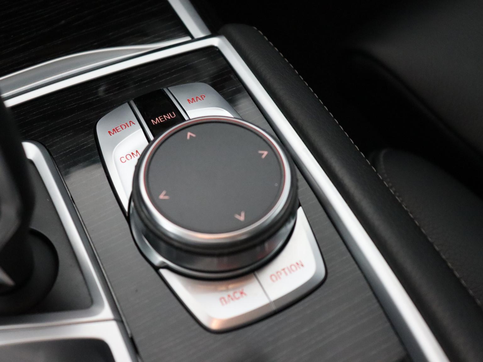 BMW-7 Serie-30