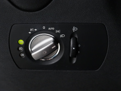 Mercedes-Benz-SLK-17