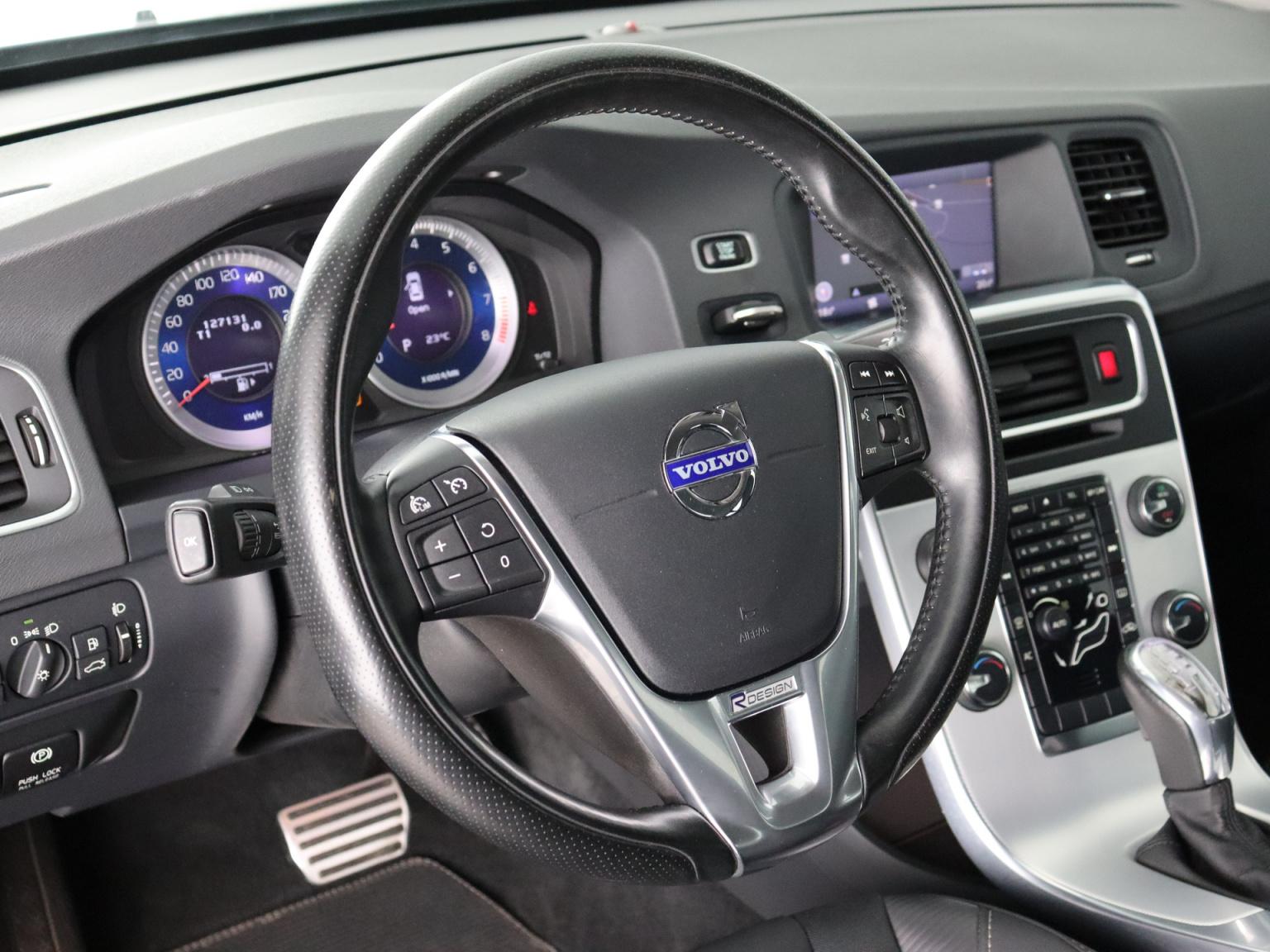 Volvo-S60-21
