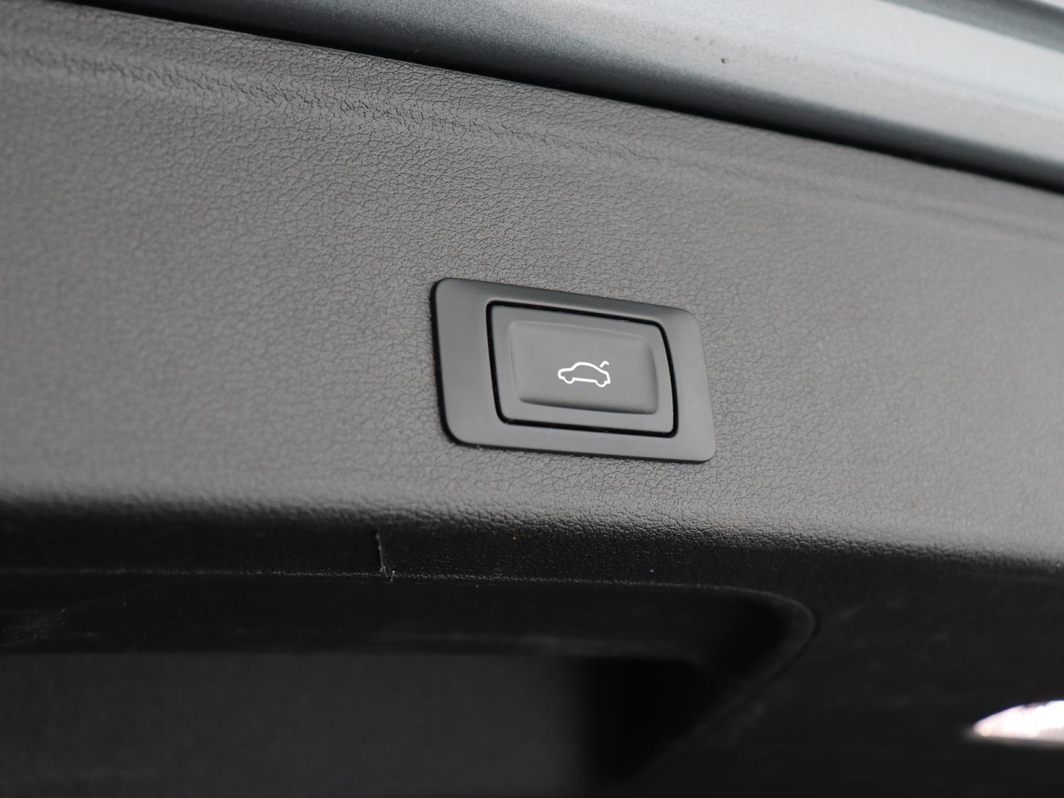 Audi-A4 Allroad-51