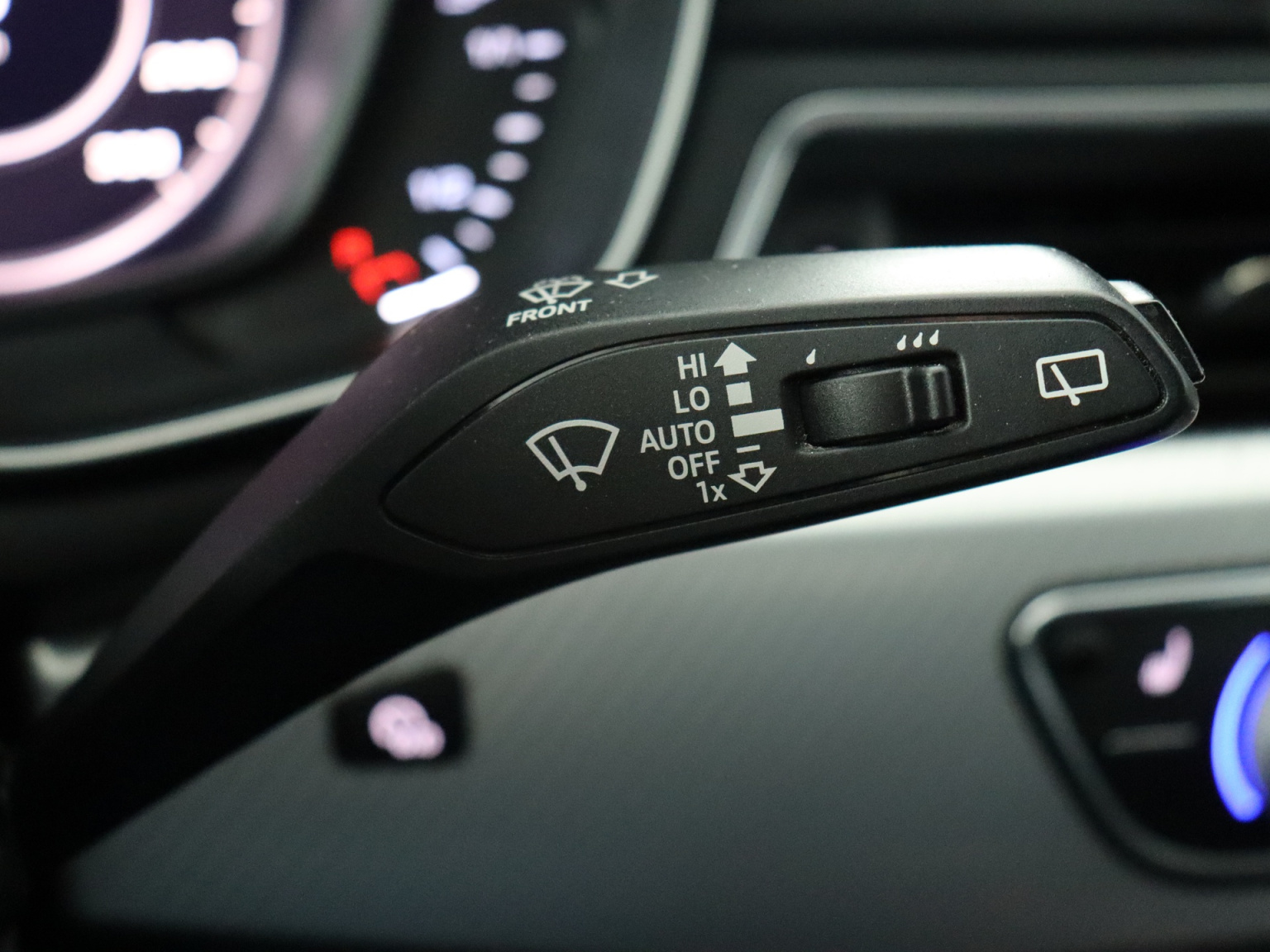 Audi-A4 Allroad-16
