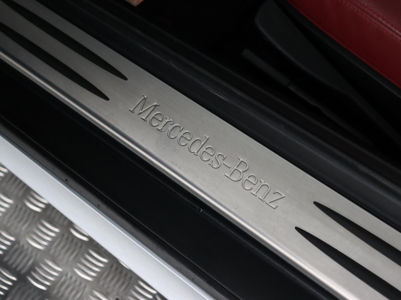 Mercedes-Benz-SLK-21