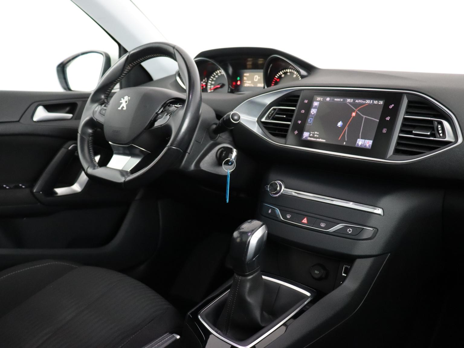Peugeot-308-44