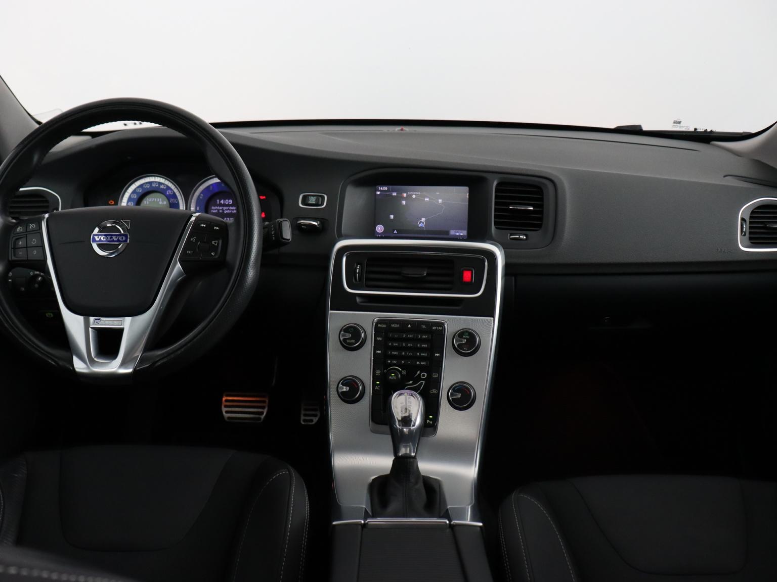 Volvo-S60-5