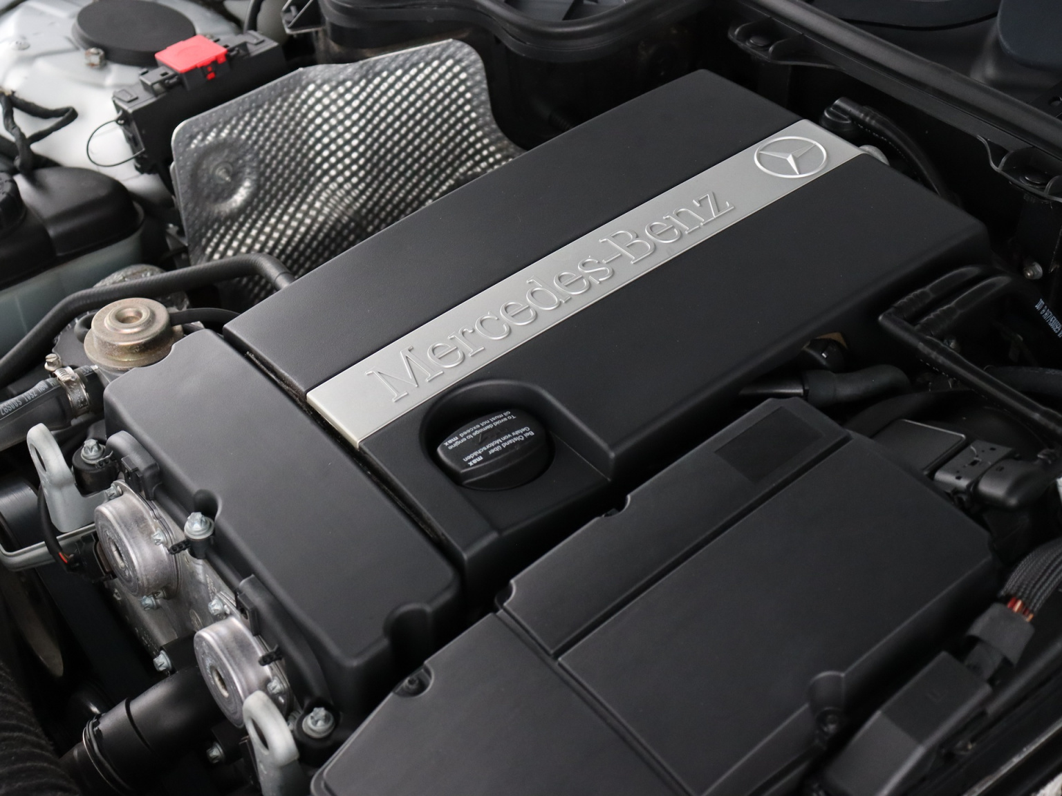 Mercedes-Benz-SLK-38