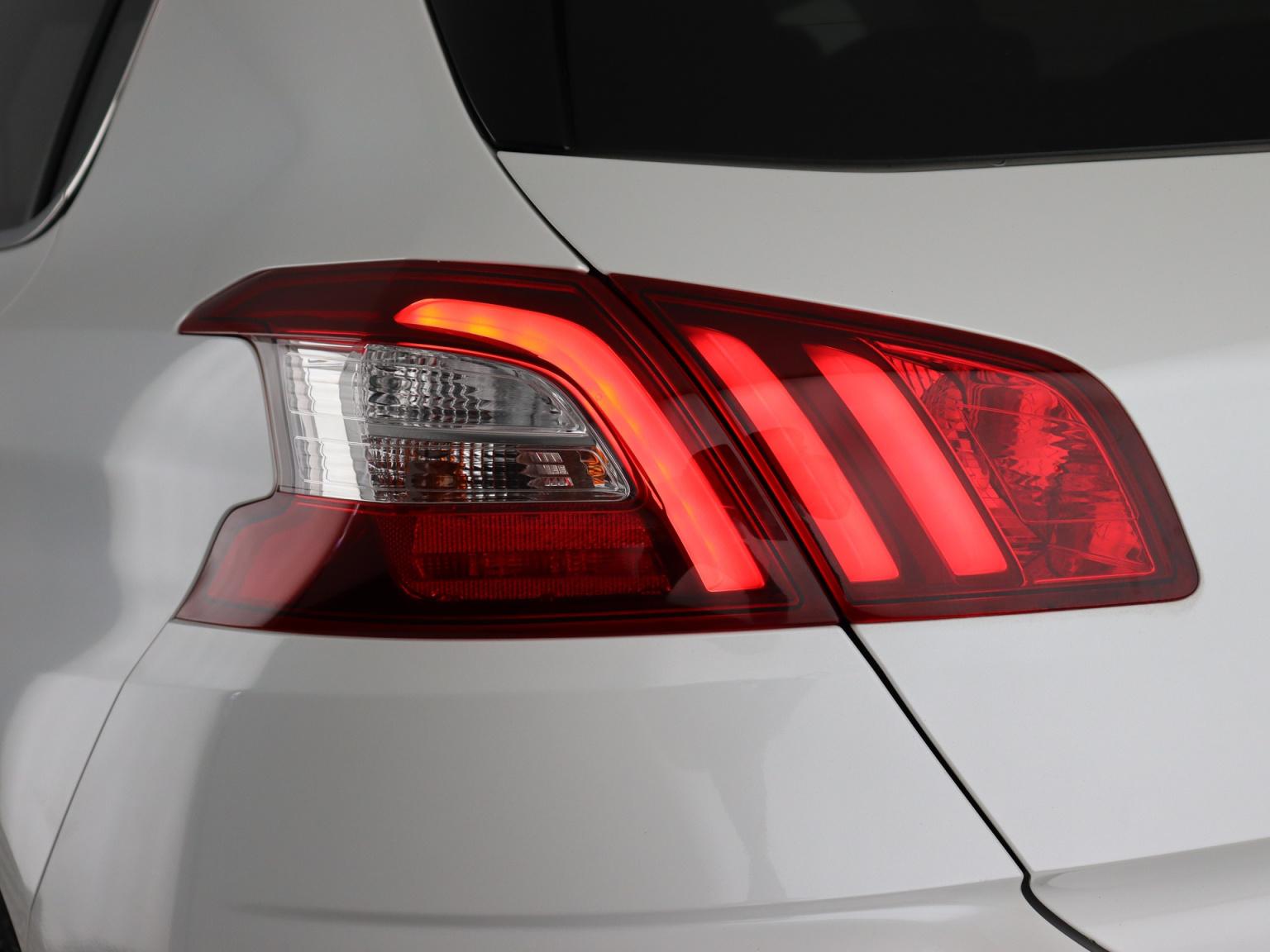 Peugeot-308-34