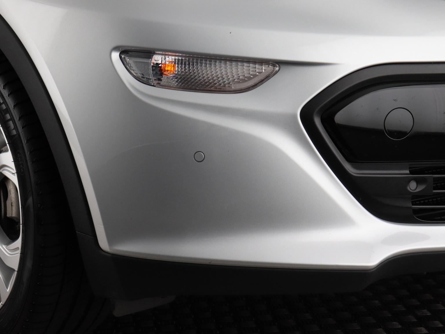 Opel-Ampera-E-51
