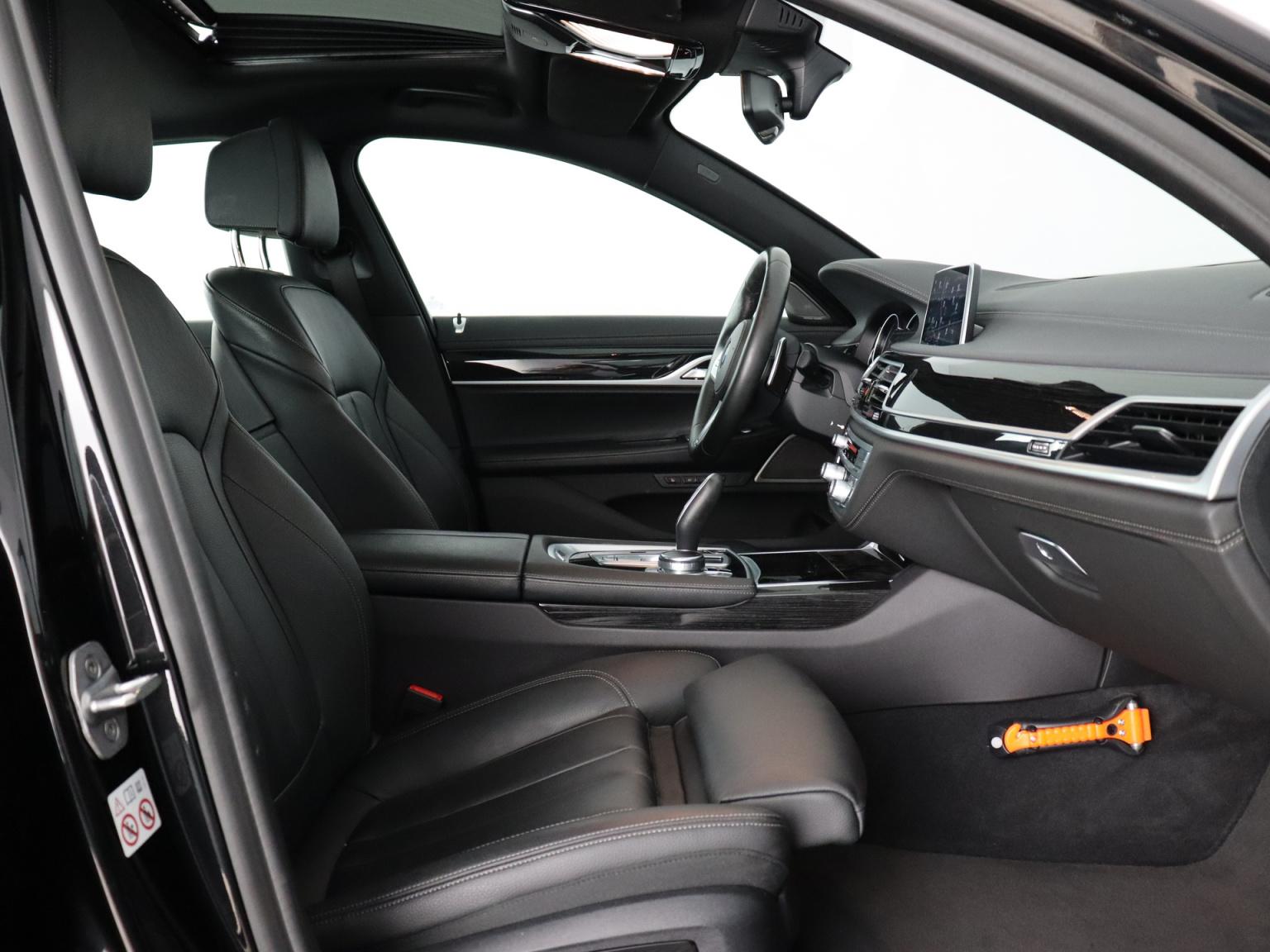 BMW-7 Serie-47