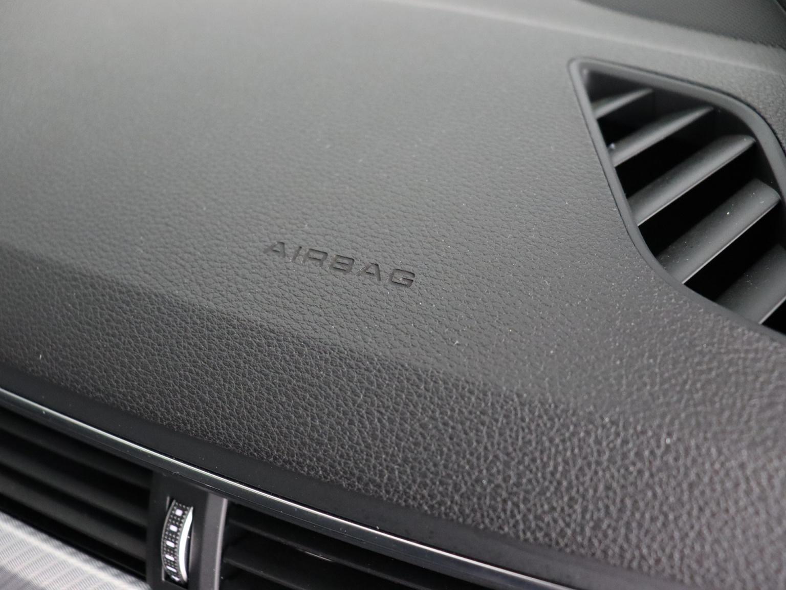 Audi-A4 Allroad-53