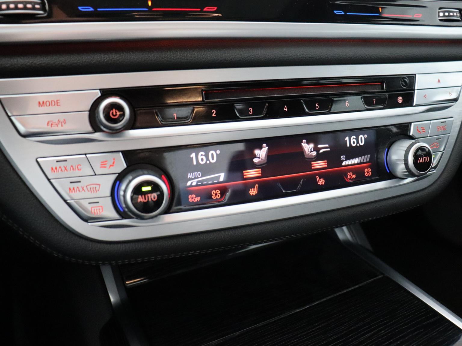BMW-7 Serie-14