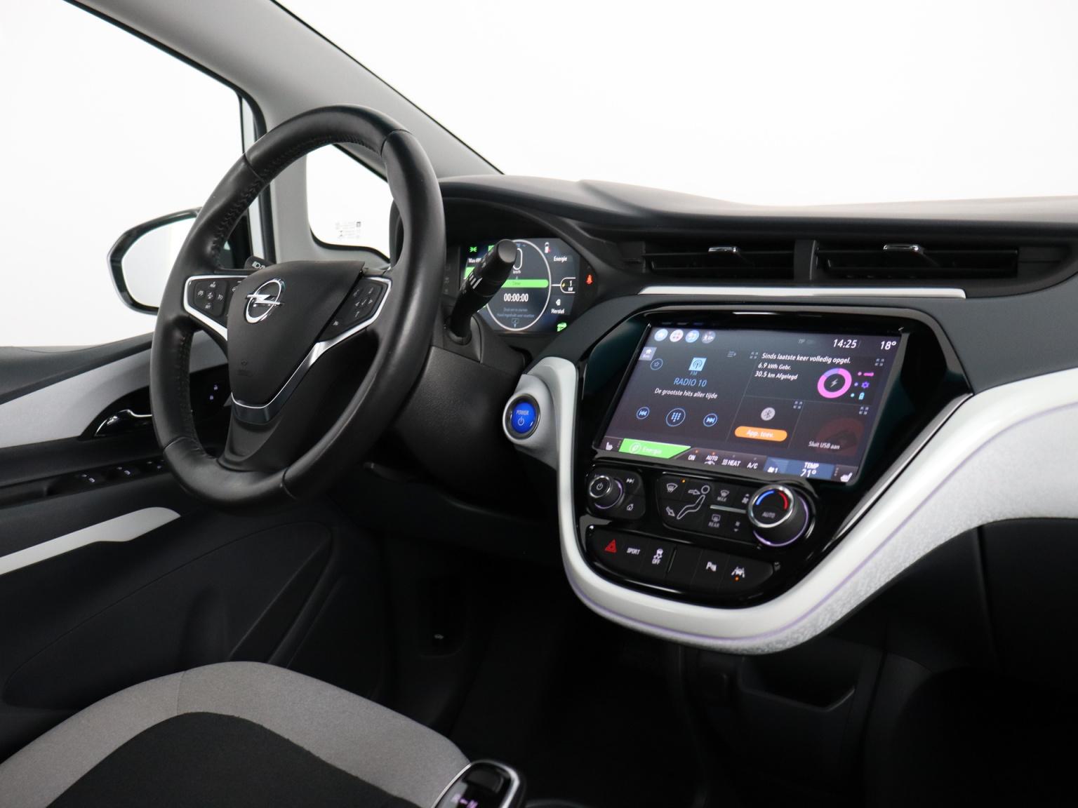 Opel-Ampera-E-48